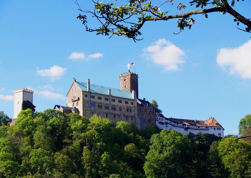 wartburg-castle-570138_1280